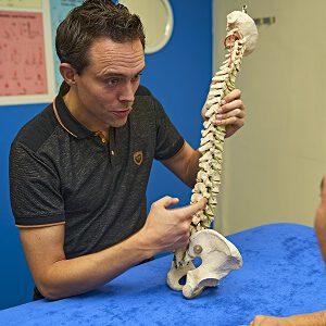 OsteoRijswijk-Jeroen-van-Leeuwen-osteopaat-osteopathie-Kaakklachten-nekpijn-nekklachten-Whiplash-hernia-Rijswijk-Wateringen-Westland-Naaldwijk-Monster